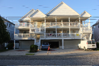Wildwood Summer Vacation Rental - 143 E. Baker Ave. A, Wildwood