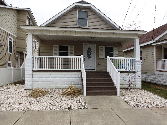 Wildwood Crest Summer Vacation Rental - 122 W. Columbine Ave., Wildwood Crest